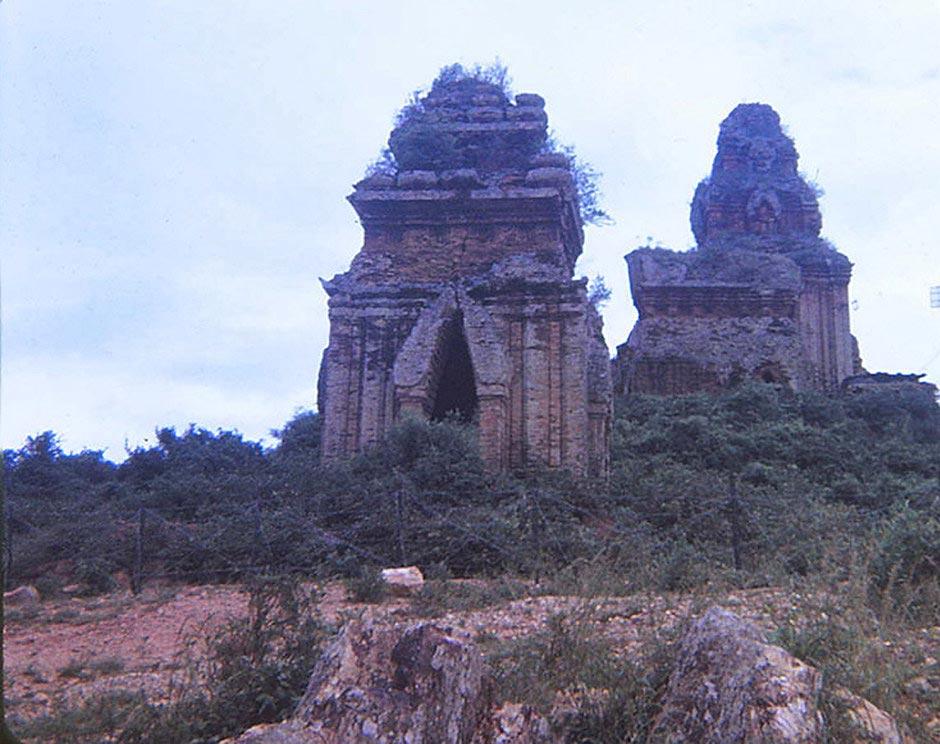 """Ca khúc """"Hận Đồ Bàn"""" của nhạc sĩ Xuân Tiên - Một trang sử bi hùng của vương quốc Champa"""